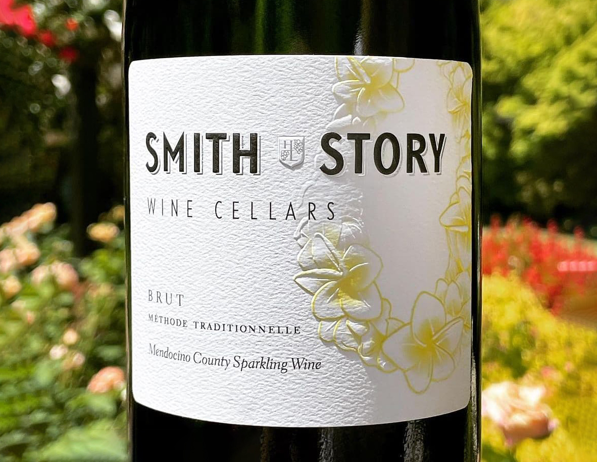 Smith-Story-Sparkling-Wine-front-1170×906